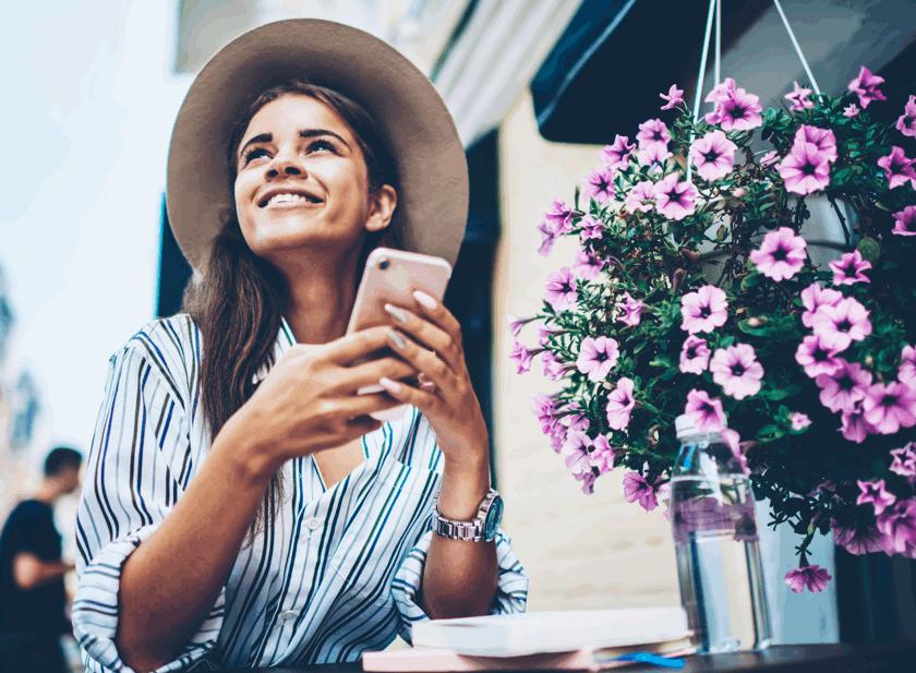 sms-mensajes-push-o-whatsapp-que-canal-es-mejor-para-comunicarte