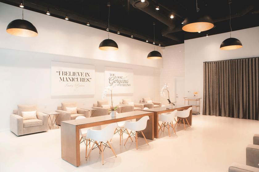 Como Escoger Los Muebles De Tu Salon De Unas