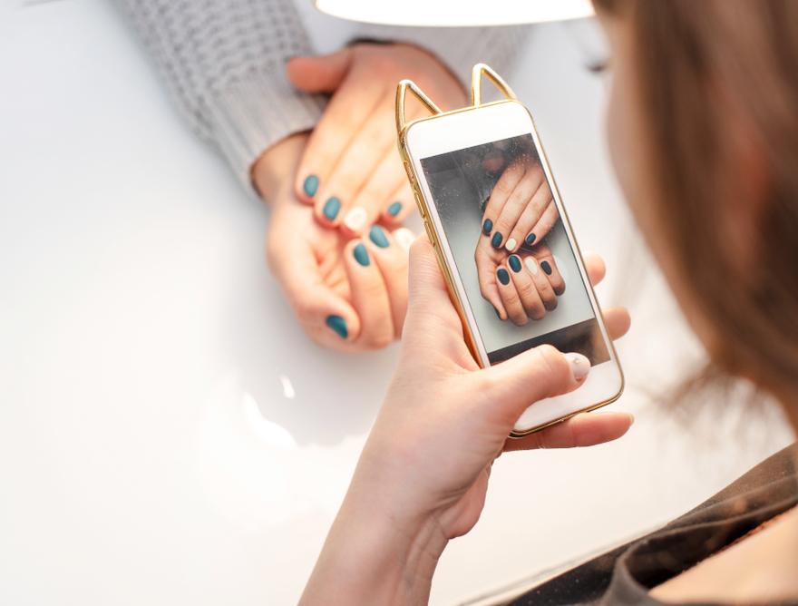 como-etiquetar-a-tus-clientes-en-redes-sociales-y-lograr-que-compartan-flowww