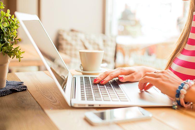 sorprende-a-tus-clientes-con-estas-ideas-de-email-marketing-para-estetica