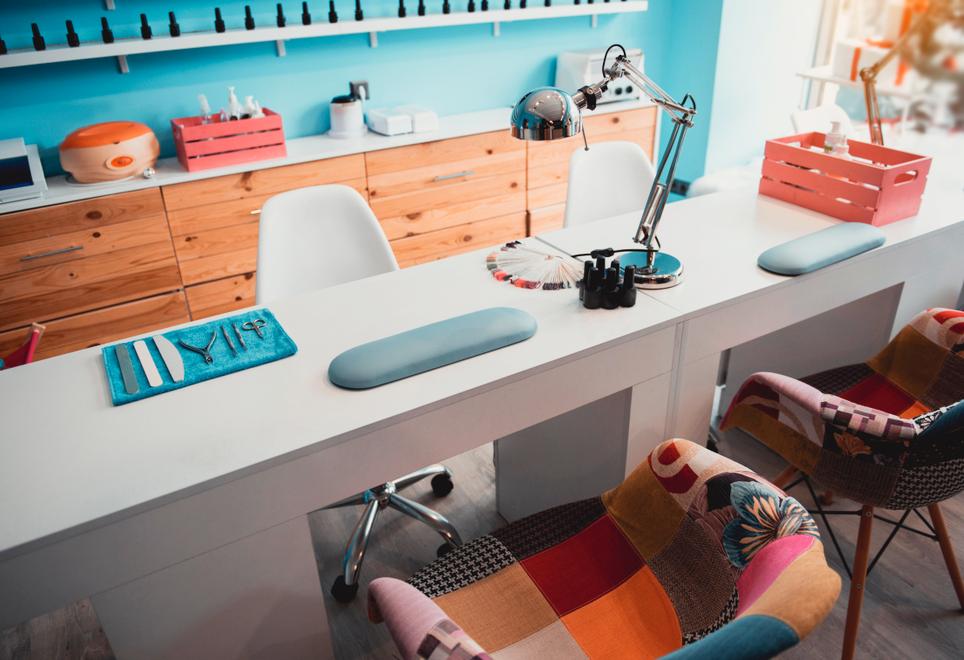 Cómo escoger los muebles de tu salón de uñas
